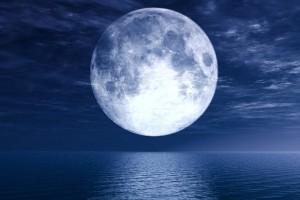 Super-lune